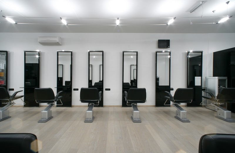 Arredamento per parrucchieri ruini design